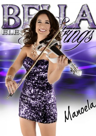 Manoela_w_instrument_halfbody